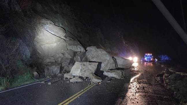 UPDATED: Hwy 178 reopens after nearly 2-day closure for rockslides