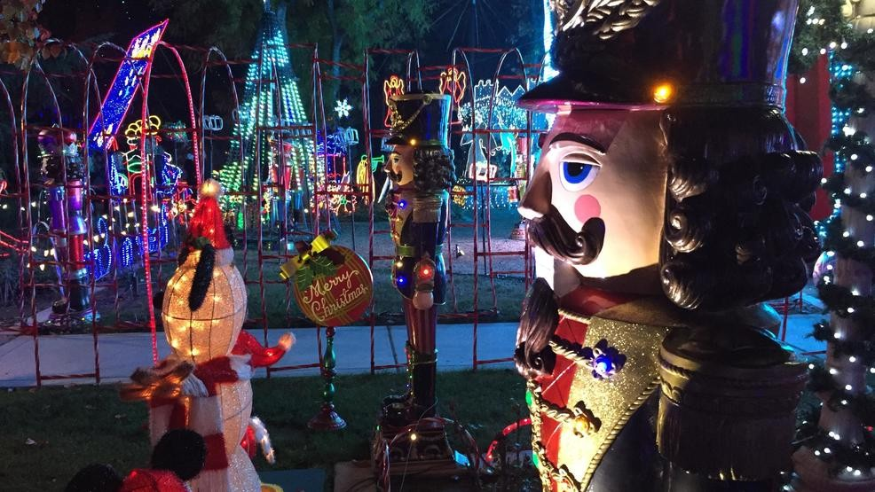 Christmas Tree Lane Turlock.Upload Your Holiday Light Displays Kmph