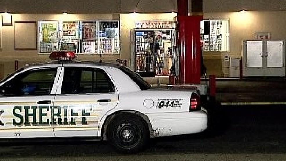 Armed Robbery In Kingsburg Leaves One Dead   KMPH